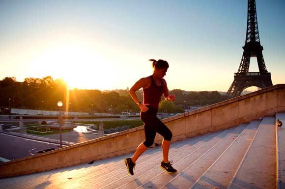 beneficios-hacer-deporte-en-ayunas-fitnatura