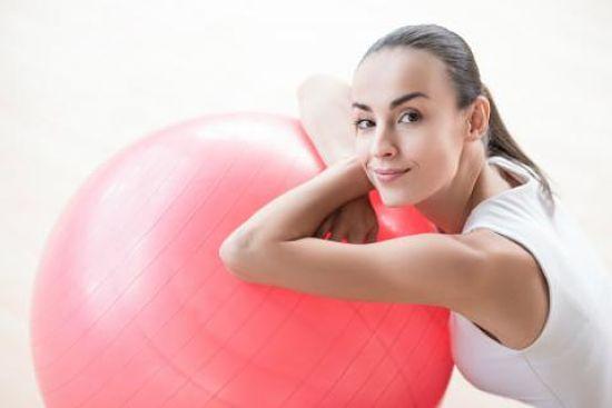 Ejercicios con Fitball para adelgazar las piernas