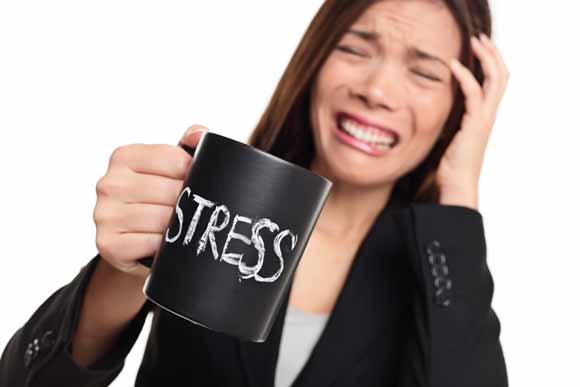 melatonina-insomnio-estres-fitnatura