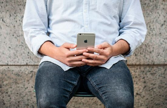 Adicción al teléfono ¿Factor de riesgo de obesidad?